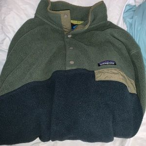 Green Patagonia Button Up